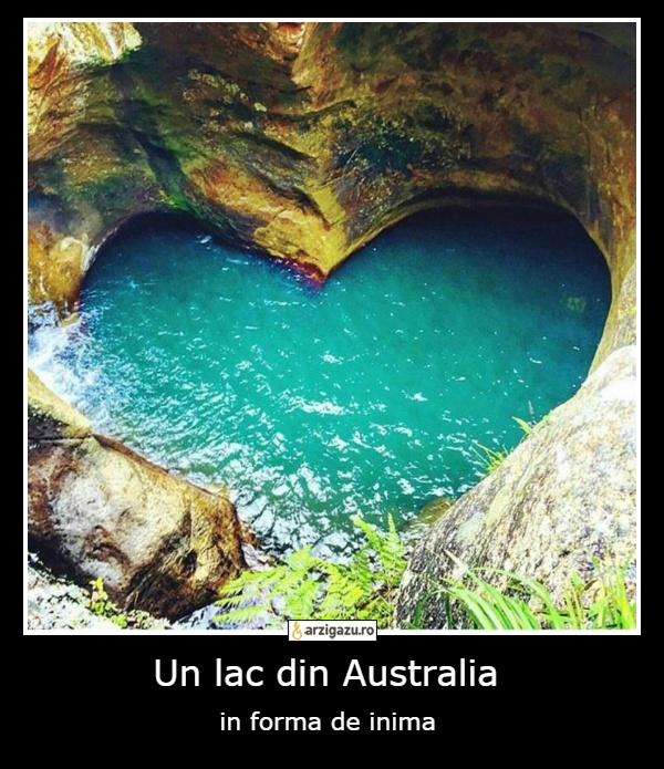 Un lac din Australia in forma de inima